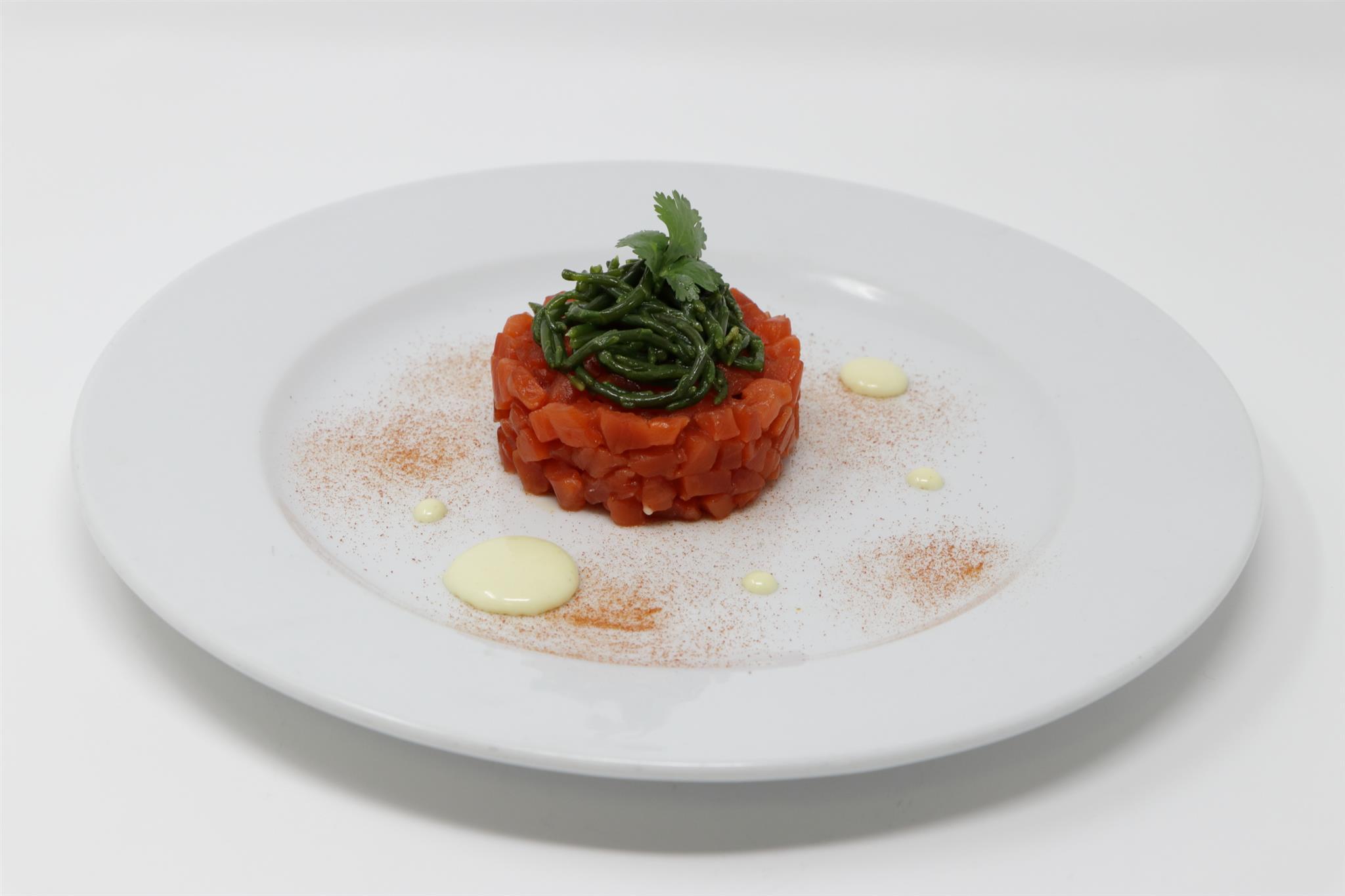 daruma-seasons-chef-barbieri-estate-2018-battuto-salmone